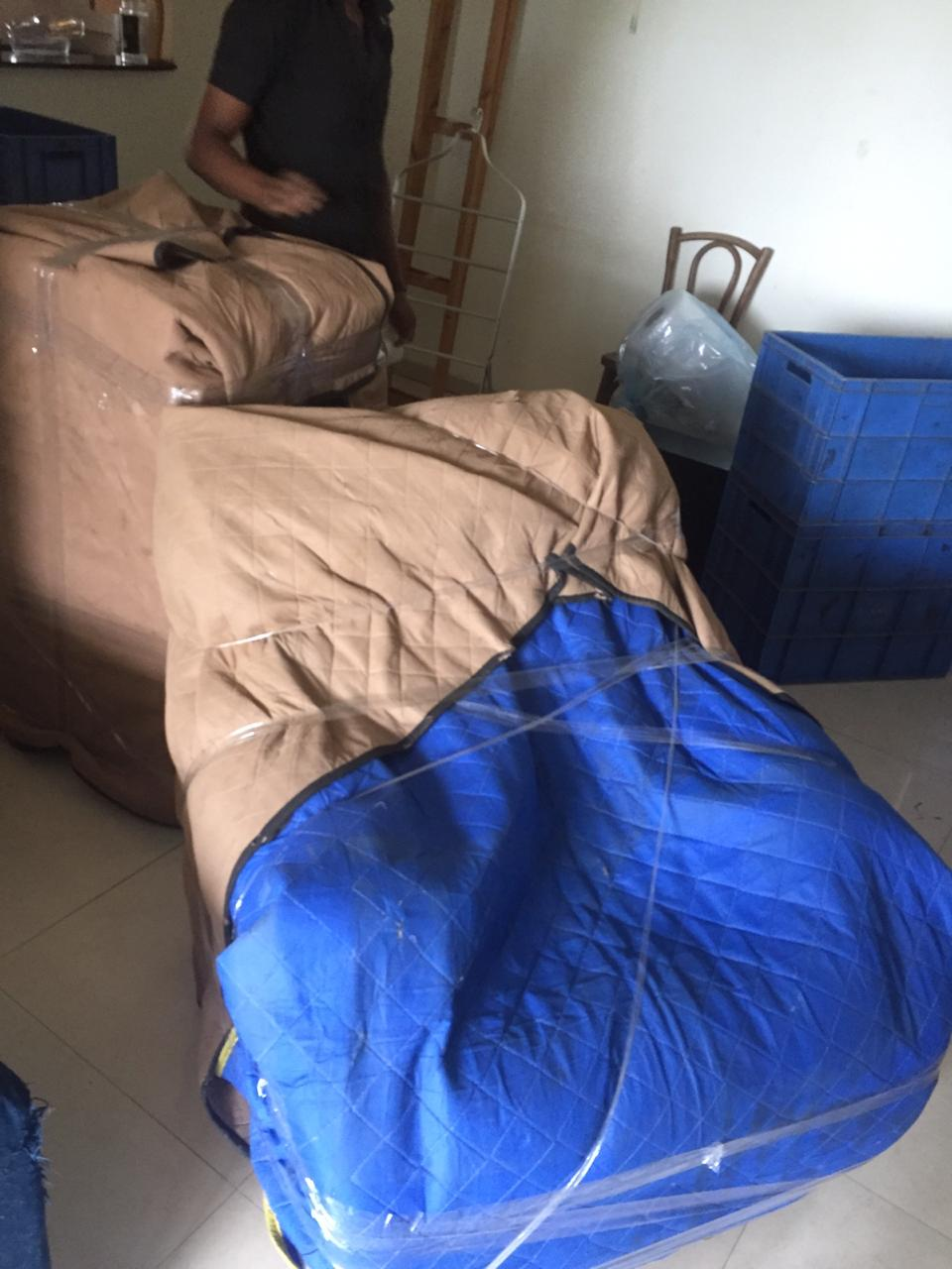 Sofa Packing With Foam Sheet In Local Shifting